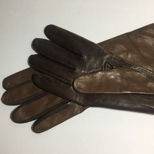 2 toned Chocolate Leather Fashion Gloves size 8